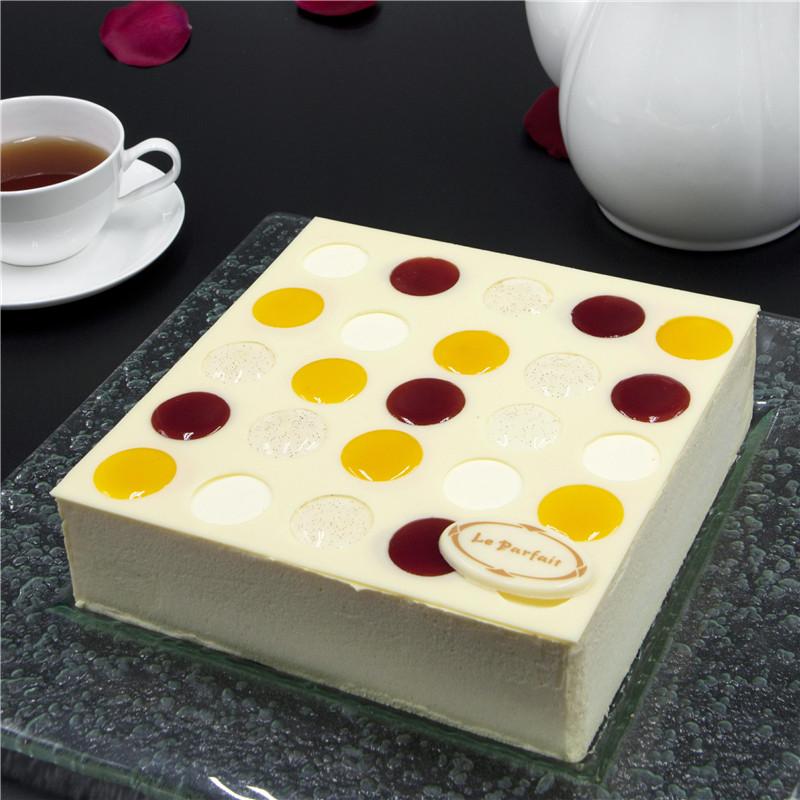 奶油轻芝士蛋糕 Light cream cheese cake